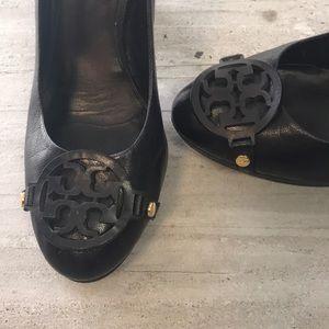 TORY BURCH Black chunky heel pumps size 8.5